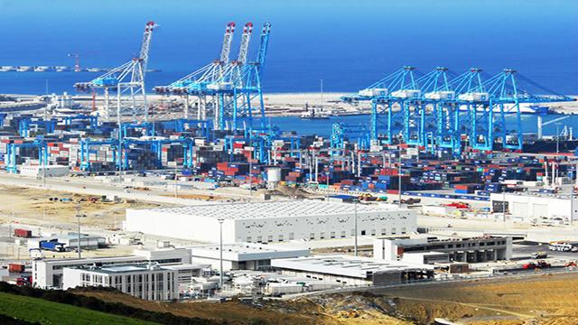 ميناء طنجة المتوسط ضمن أفضل الموانئ الخمسين عالميا